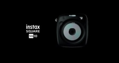 instax SQUARE SQ10 「TANGIBLE PHOTOGRAPHY」/富士フイルム