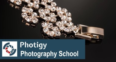 Jewelry Photography Tutorial: Easy lighting setup with DIY LED
