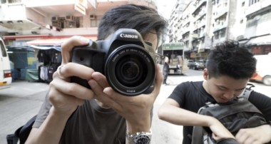50mm vs 35mm vs 28mm – Best Street Photography Lens