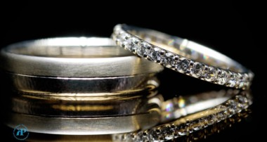 Keppelling wedding ring method | wedding ring photography tutorial