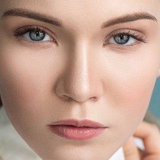 High-End Skin Retouching & Sculpting in Photoshop