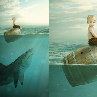 Photoshop Photo Manipulation Tutorial : Boy & Shark – Under Water Scene