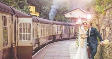 Photoshop Manipulation – Wedding Train – Photo Effects and Editing Tutorials 2015