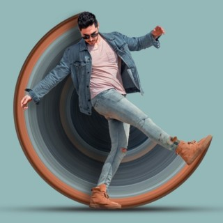 [ Photoshop Tutorial ] How to Create CIRCULAR STRETCH Effect in Photoshop